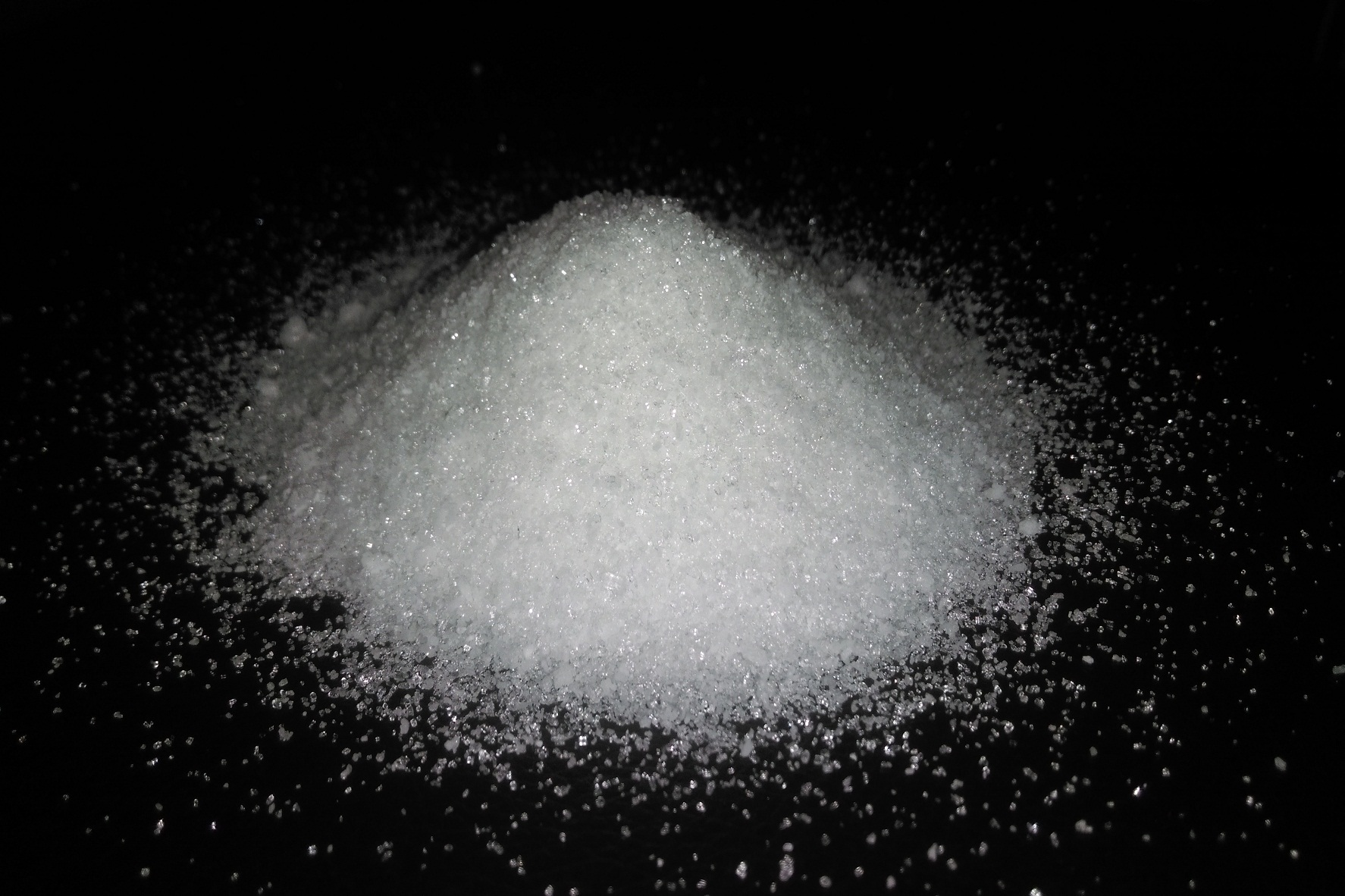 magnesium-sulphate-crystals